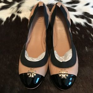 Tory Burch Jolie Flats 8.5 New with defect
